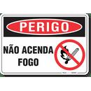3240-placa-perigo-nao-acenda-fogo-pvc-semi-rigido-26x18cm-furos-6mm-parafusos-nao-incluidos-1